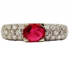 White gold ring 750 diamonds ruby