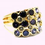 Yellow gold ring 750 purple synthetic stones
