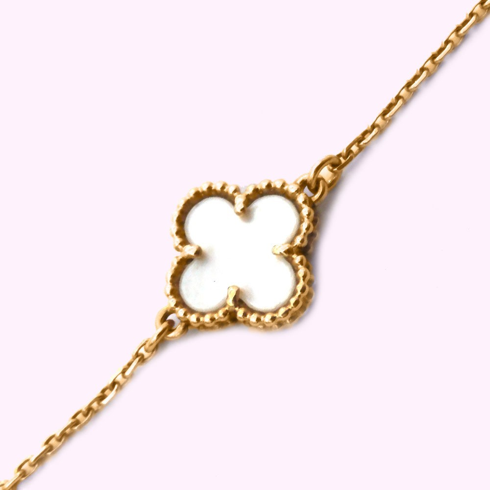 vcarodf detail cleef alhambra sweet view arpels van necklace pendant