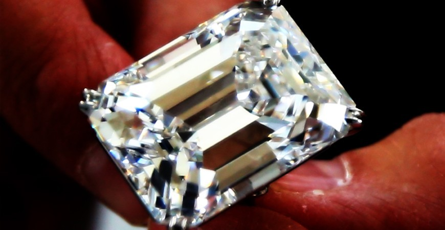 A rare 100 carat diamond sold at auction $ 22 million